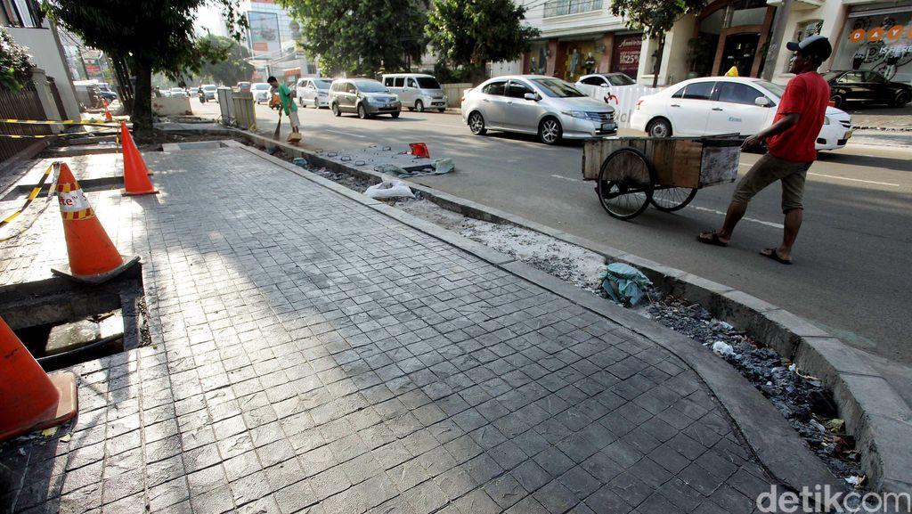 Pedestrian Jalan Melawai Dipercantik dan Lebih Lebar