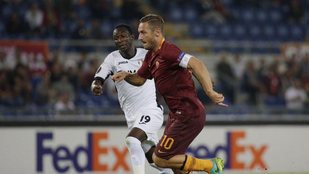 Pujian untuk Totti: Seperti Melihat Permainan di PlayStation