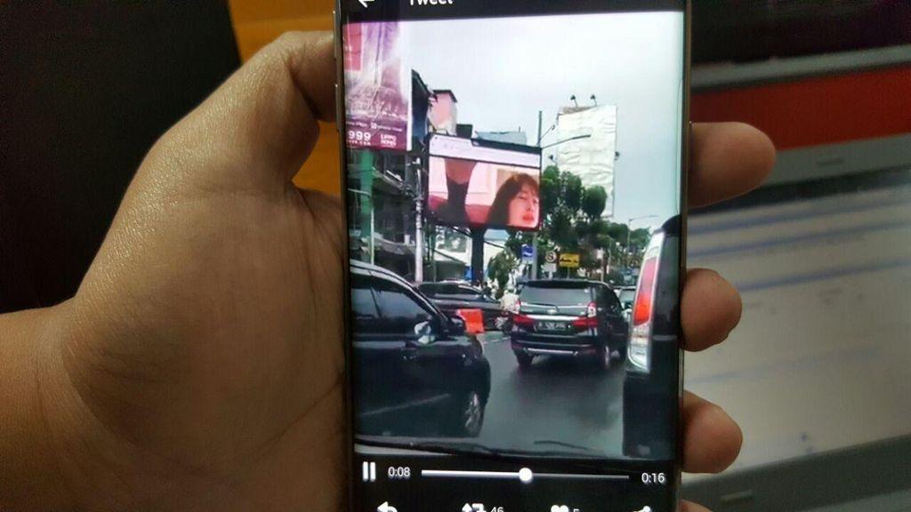 Videotron Porno di Jaksel Bikin Heboh, Pemkot: Reklame Harus Beretika