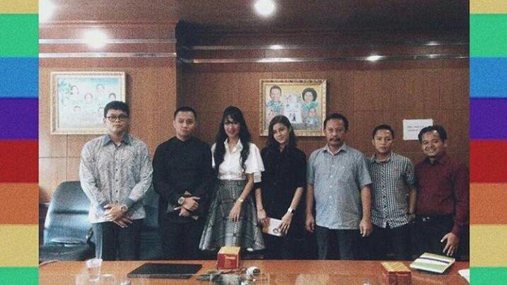 KPAI dan Kominfo Adakan Pertemuan dengan Awkarin, Ini Hasilnya
