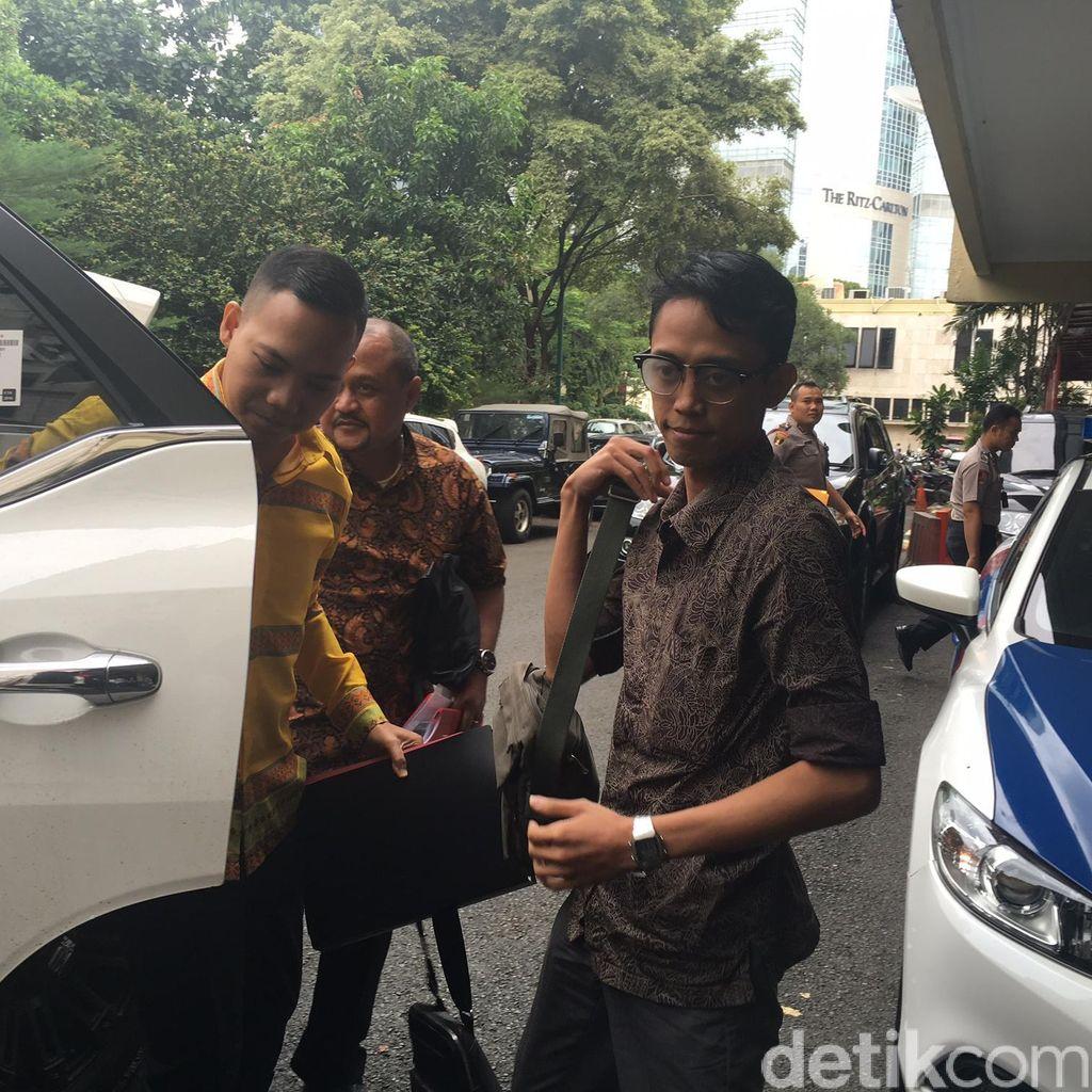 Kisruh Mario Teguh, Ario Kiswinar Datangi Polda Metro Jaya