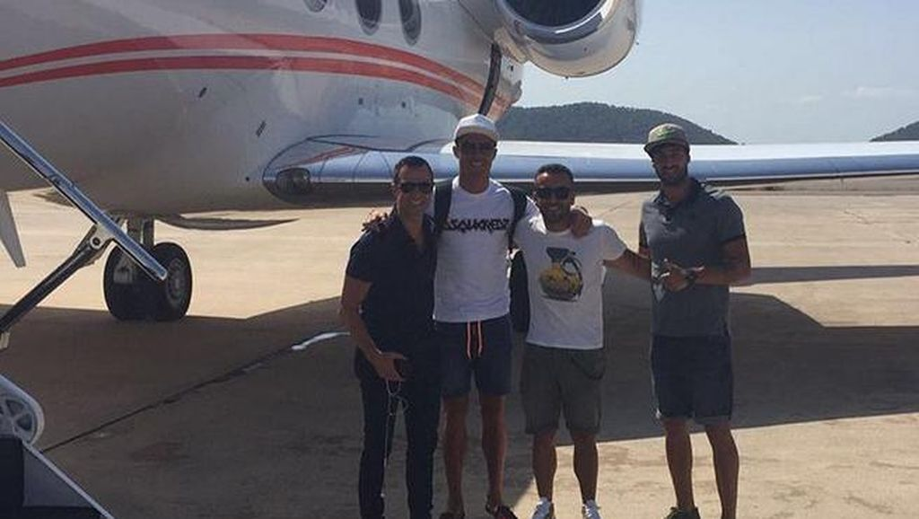 Jet Pribadi Ronaldo Alami Crash Landing di Barcelona