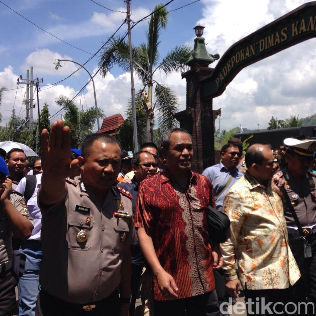 Datangi Padepokan Dimas Kanjeng, Komisi III DPR: Ini Uang Asli atau Palsu?