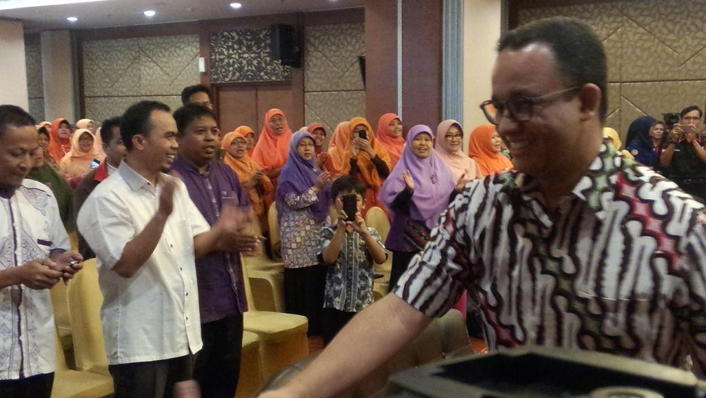 Saat Anies Baswedan Bicara Soal Penanganan Keluarga di Depan Perempuan PKS