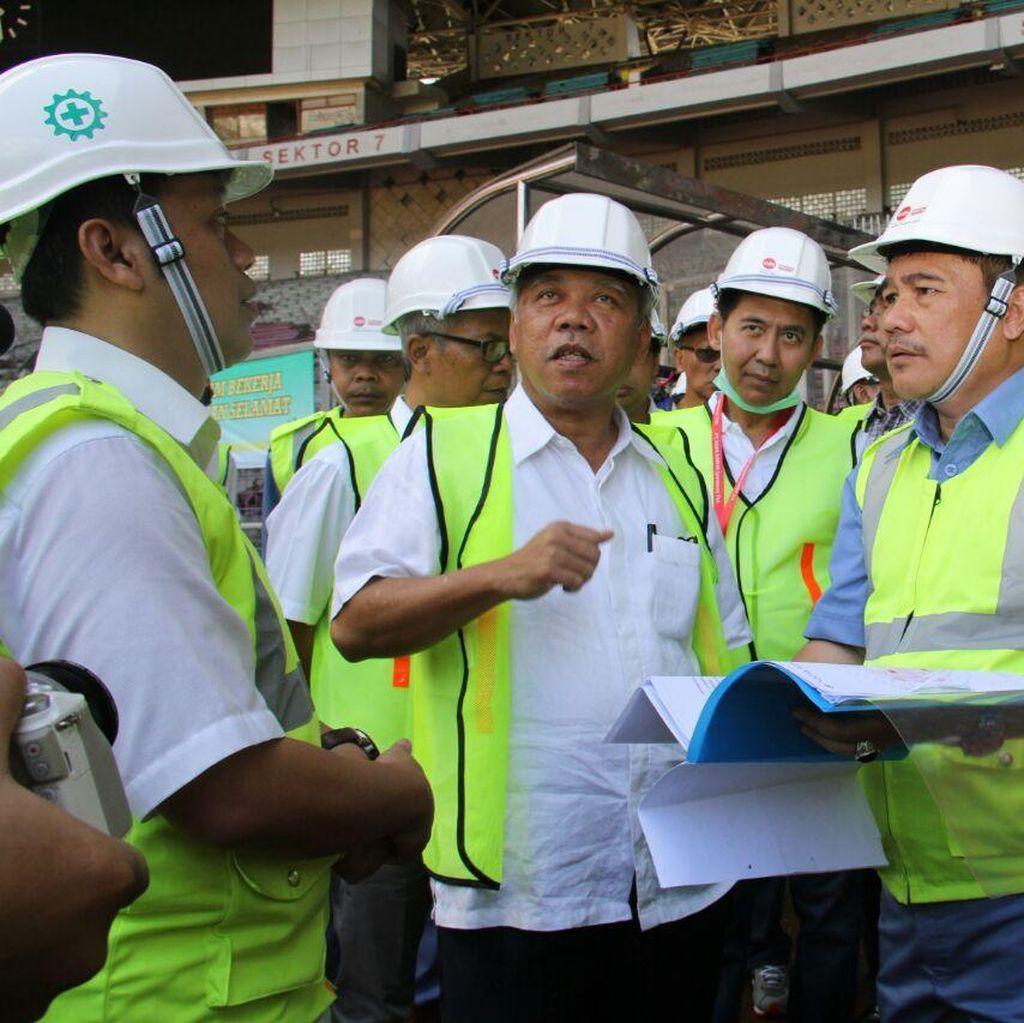 Menteri Basuki Tinjau Renovasi GBK, Optimis Selesai Oktober 2017
