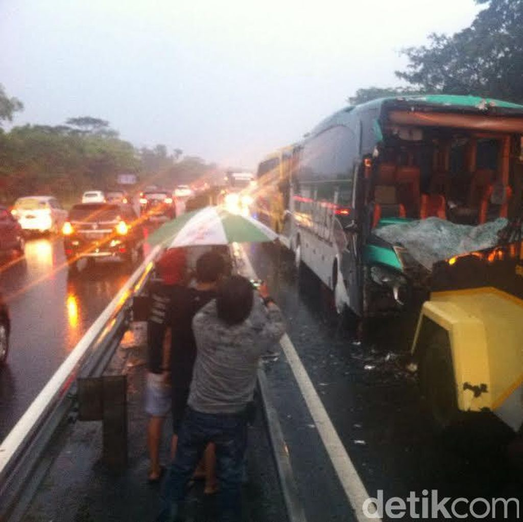Kecelakaan Beruntun di Tol Sidoarjo, Rombongan Penggiat Lingkungan Luka-luka