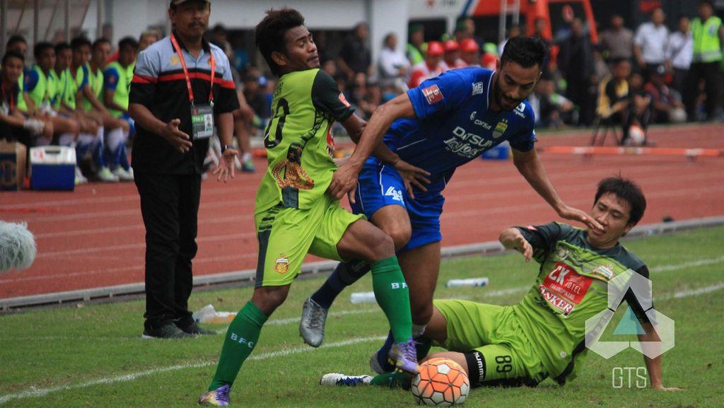 Persib Atasi Bhayangkara FC 2-1