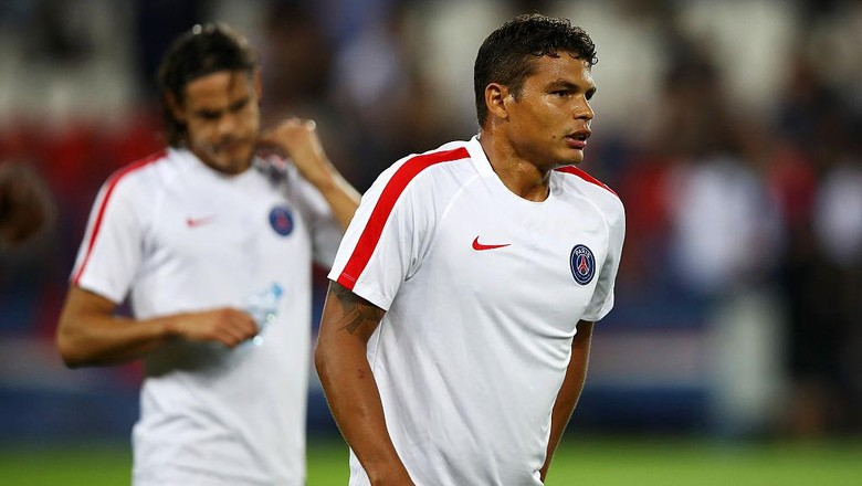 Jika Ingin Thiago Silva Bertahan, PSG Harus Beri Kontrak Baru Sebelum Desember