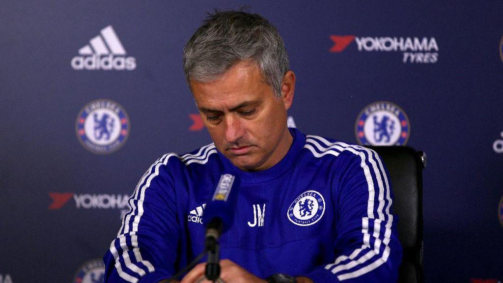 Bukan Panggung untuk Masalah Personal Mourinho dan Chelsea