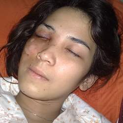 http://images.detik.com/content/2009/07/06/230/dindakanya_250.jpg