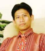 http://images.detik.com/content/2009/12/19/471/20091219-yons-ahmad-d.jpg