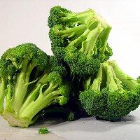 Brokoli Cegah dan Obati Kanker Payudara