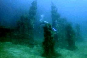 Candi Bawah Laut Difoto Penyelam Inggris di Pemuteran Bali