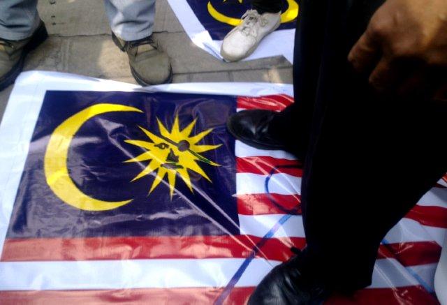 http://images.detik.com/content/2010/08/23/157/Malaysia04.jpg