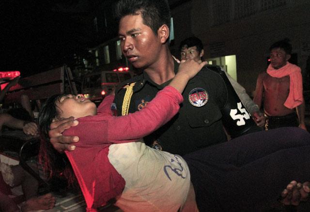 http://images.detik.com/content/2010/11/23/157/kamboja5.jpg