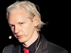 Susah Diakses, WikiLeaks Salahkan 'Hacker'  Assange285newmed