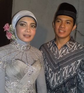 Foto pernikahan Zaskia sungkar dan Irwansyah