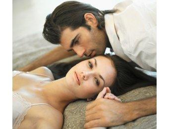 [Image: couple3.jpg]