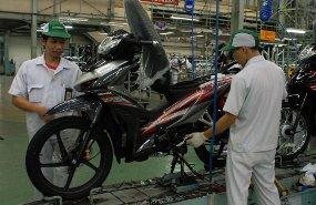 Honda Hanya Butuh 18 Detik Untuk Rakit 1 Motor Bebek