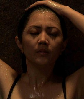 AIDA SASKIA UNCENSORED FILM AIDA SEDANG MANDI