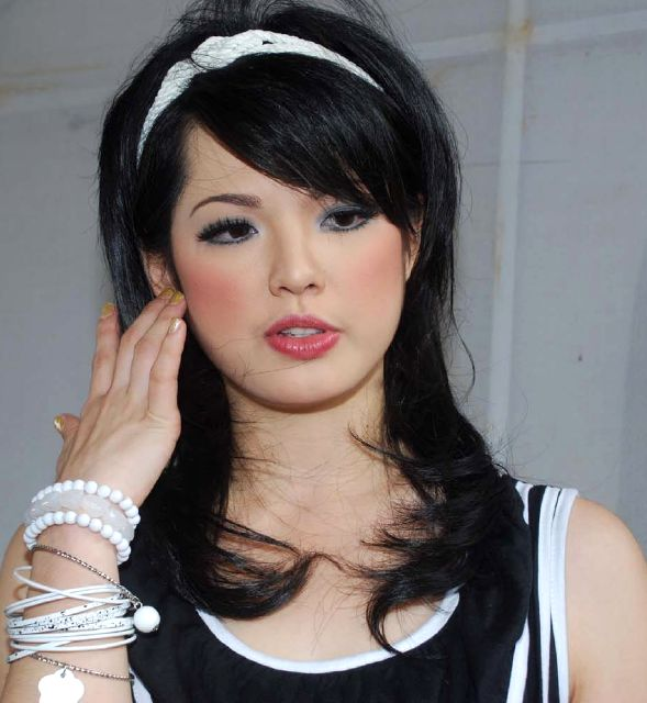 Koleksi Foto Artis Bugil Indonesia Foto Bugil Dian Sastro: Foto Artis Hot Seksy: Lena Madgalena