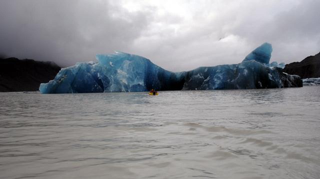 gletser gunung es