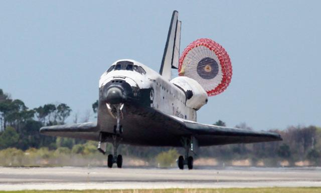 Pesawat Discovery Segera Pensiun