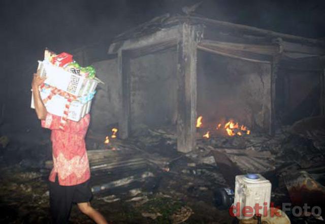 Pasar Cileungsi Ludes Terbakar