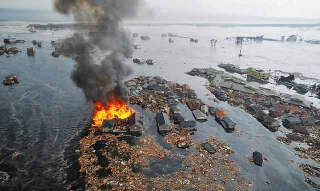 Kerusakan Gempa Jepang di Berbagai Kota