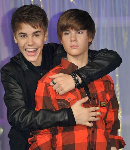 Justin Bieber & Patung Lilinnya