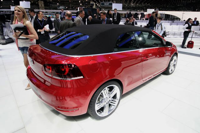 VW Golf Atap Terbuka