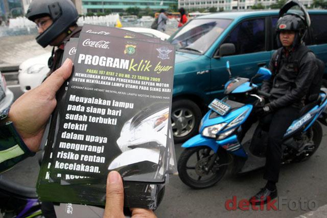 Kampanye 'Klik Byarr' di Bundaran HI