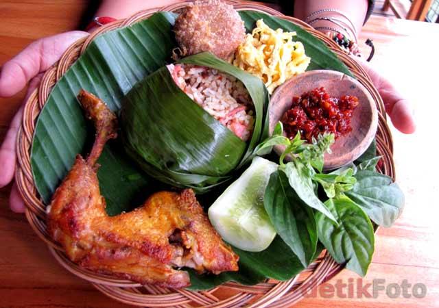 Kompilasi Makanan Sunda & Asing Goelali Bistro