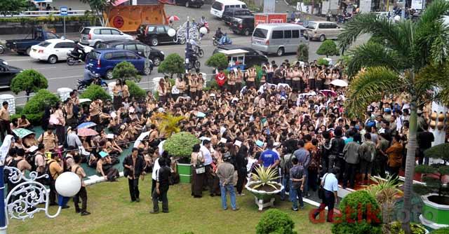 Siswa SMUN 1 Makassar Tolak Pergantian Kepsek