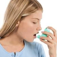 Jangan Lupa Kumur Habis Pakai Obat Semprot untuk Asma