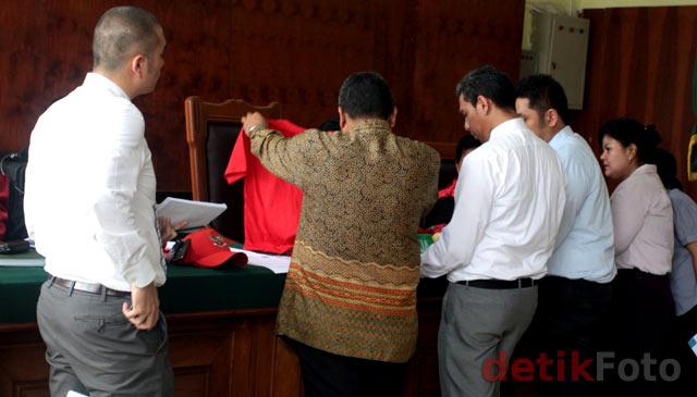 Sidang Gugatan Kaos Berlogo Garuda