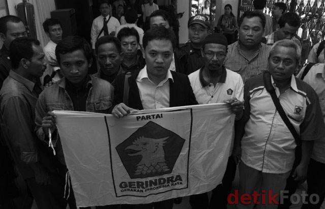 Laskar Gerindra Gugat Pembangunan Gedung DPR
