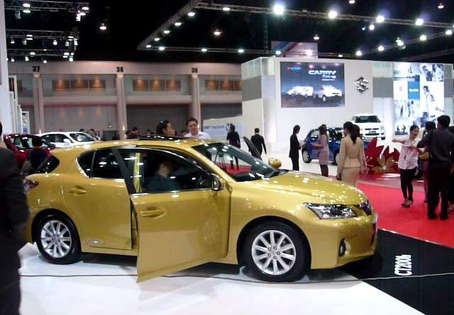Mobil-mobil Irit BBM