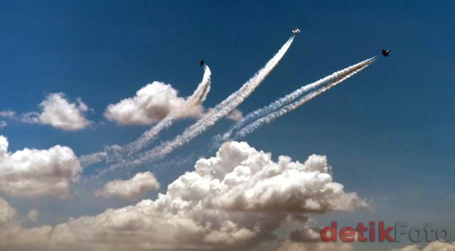 http://images.detik.com/content/2011/04/06/157/akladi1.jpg