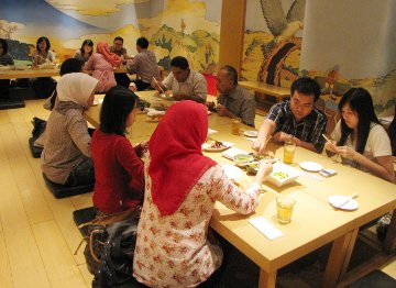 Makan Okonomiyaki dan Gyoza Bareng Pak Bondan