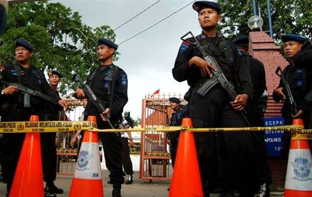 Bom Bunuh Diri di Masjid Polresta Cirebon