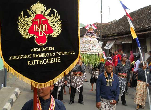kirab-budaya-2011