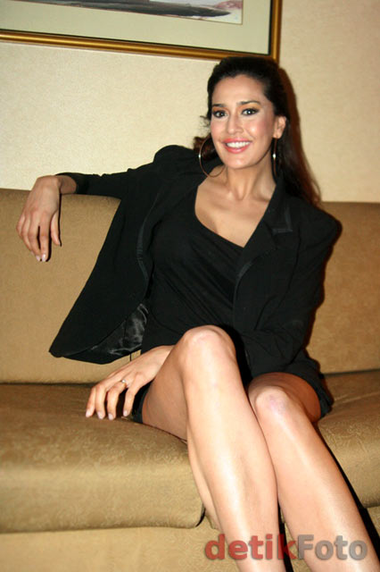 Lindsay Grace Pronk, Si Seksi Miss Belanda