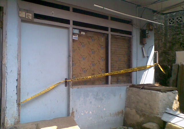 Rumah Terduka Bom Masih Digaris Polisi