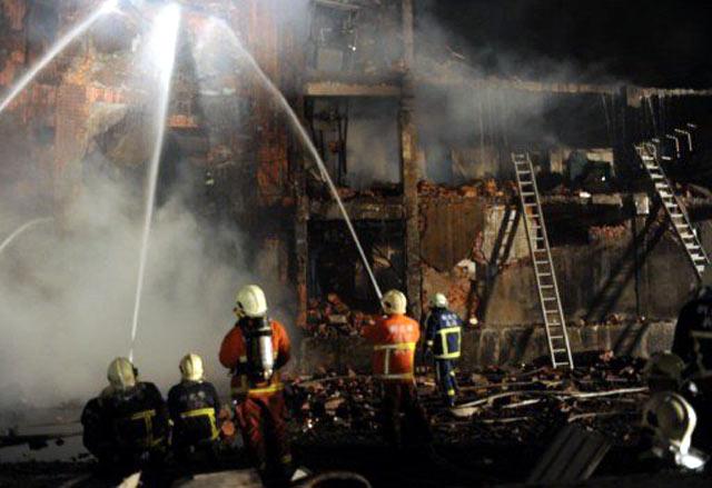 Truk Petasan Meledak di Taiwan