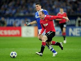 VIDEO MU VS SCHALKE 2-0 (YOUTUBE) GOL GIGGS ROONEY Semifinal Liga Champions 2011 Manchester United Unggul