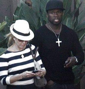 Chelsea Handler Akui Kencan dengan 50 Cent