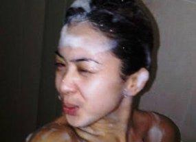 10 Foto Nakal Artis Indonesia yang Menghebohkan (2) ~ G
