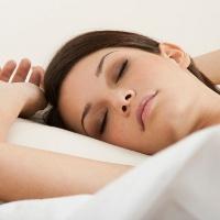 Keringat Berlebih Saat Tidur, Apa Penyebabnya?