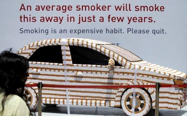 Mobil dari 200.000 Batang Rokok